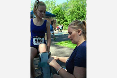 Brooke Artesi at Demarest 5k - Sunshine Prosthetics and Orthotics, Wayne NJ