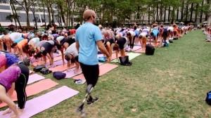 Dan Nevins Bryant Park Yoga Class
