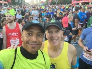 Reggie Showers running 2016 Chicago Marathon to raise money for the MDA